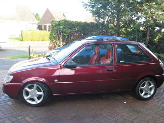 Ford Fiesta 1.1 1995 photo - 4