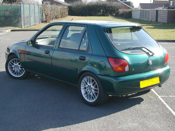 Ford Fiesta 1.1 1998 photo - 1