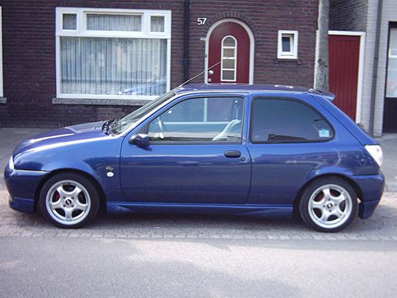 Ford Fiesta 1.1 1998 photo - 2