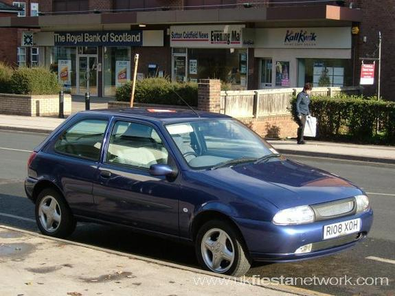 Ford Fiesta 1.1 1998 photo - 4
