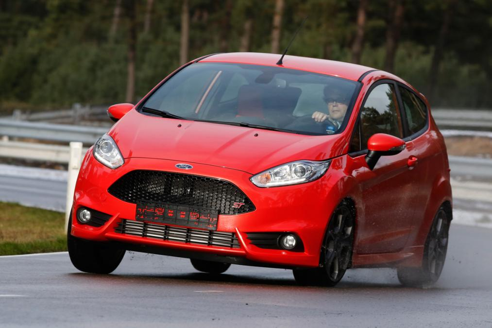 Ford Fiesta 1.1 2013 photo - 2