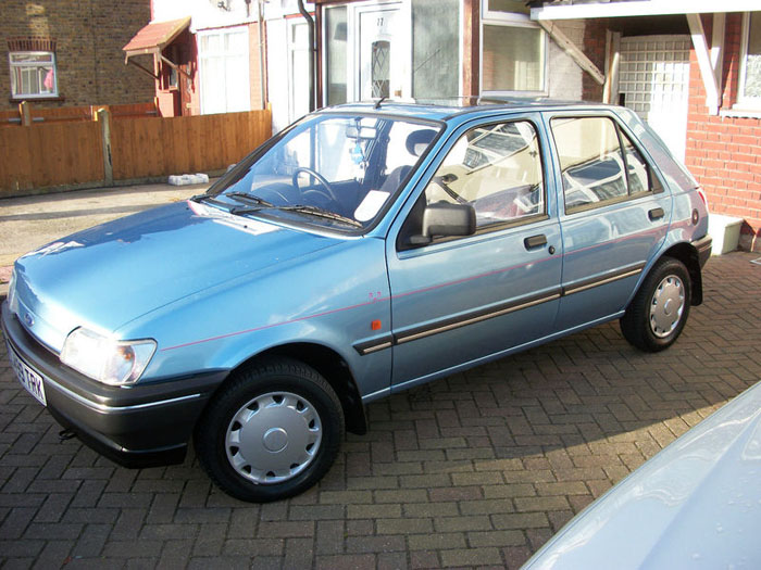 Ford Fiesta 1.1i 1993 photo - 1