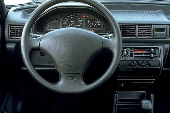 Ford Fiesta 1.1i 1993 photo - 10
