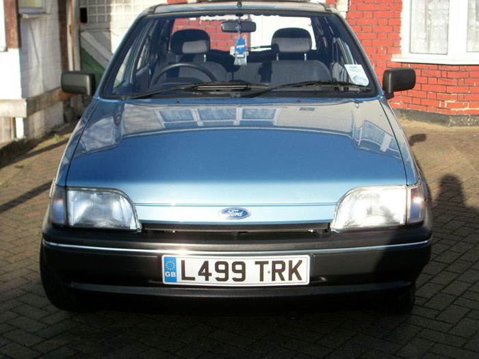 Ford Fiesta 1.1i 1993 photo - 2