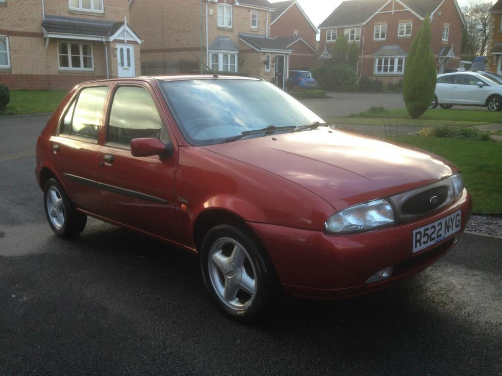 Ford Fiesta 1.25 1998 photo - 2
