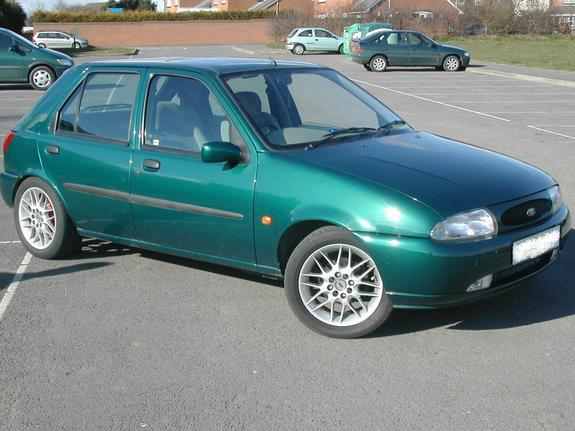 Ford Fiesta 1.25 1998 photo - 4