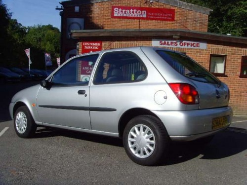 Ford Fiesta 1.25 1998 photo - 5