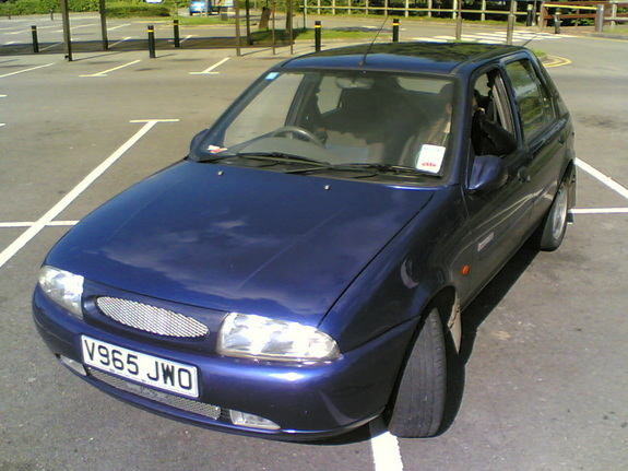Ford Fiesta 1.25 1998 photo - 6
