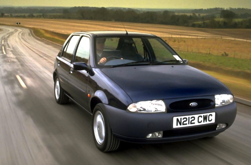Ford Fiesta 1.25 1998 photo - 8