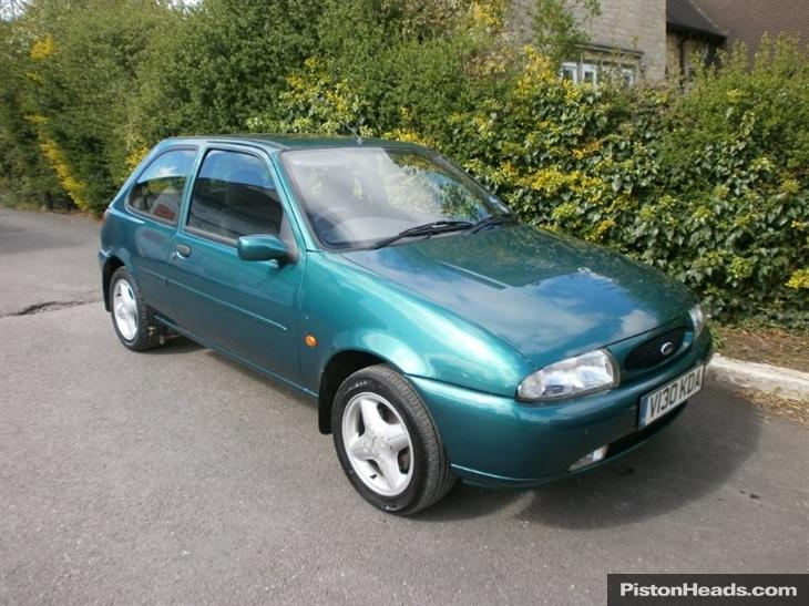 Ford Fiesta 1.25 1999 photo - 2