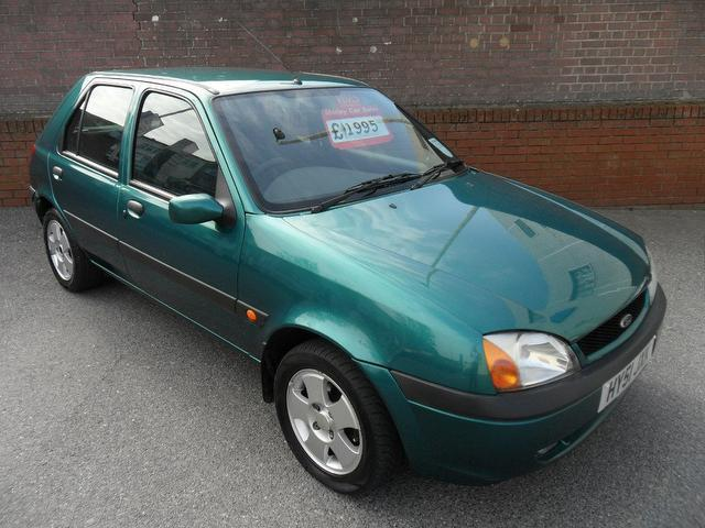 Ford Fiesta 1.25 2002 photo - 1