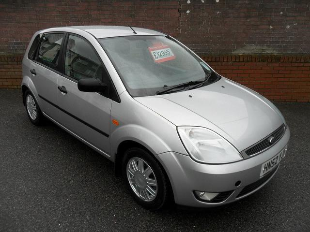 Ford Fiesta 1.25 2002 photo - 10
