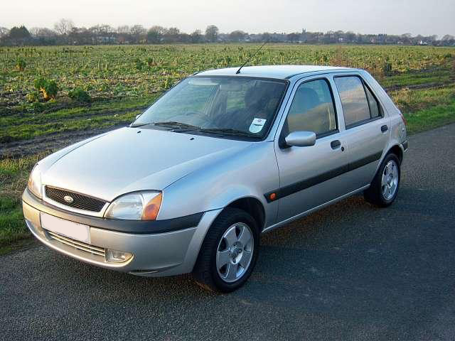 Ford Fiesta 1.25 2002 photo - 11