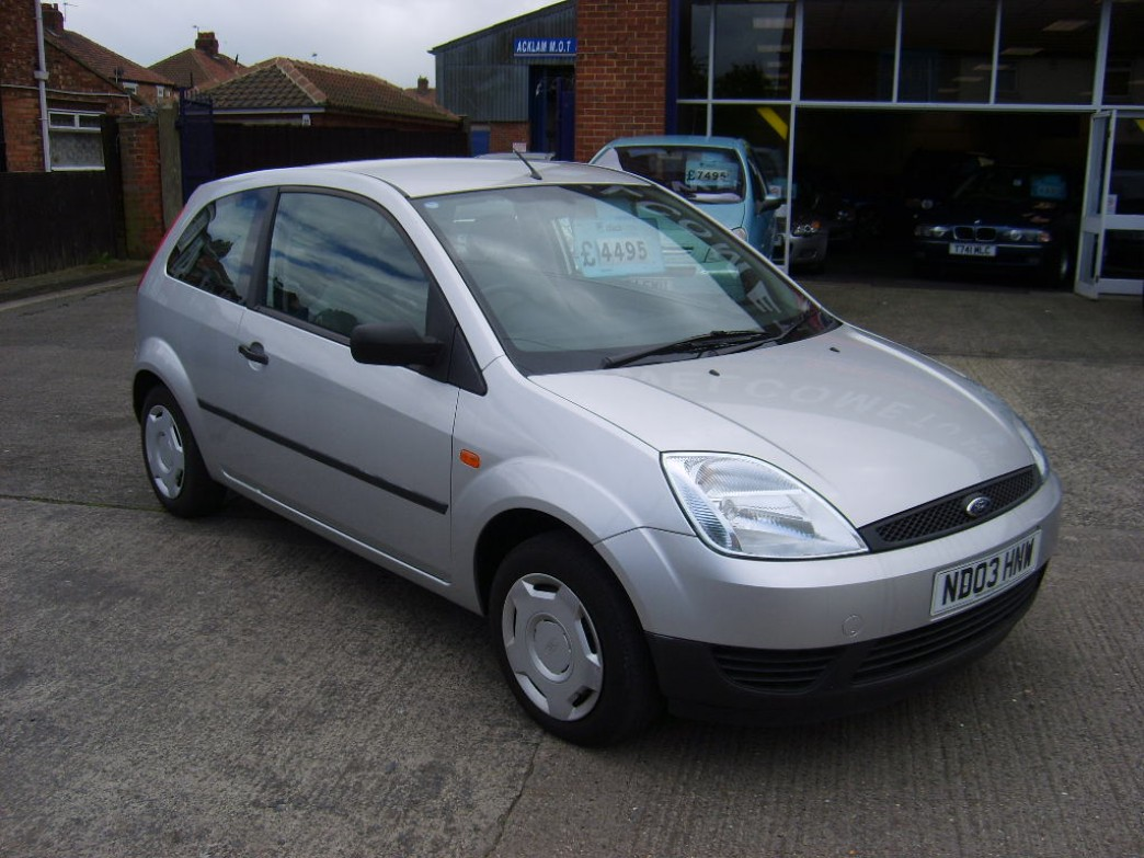 Ford Fiesta 1.25 2003 photo - 1
