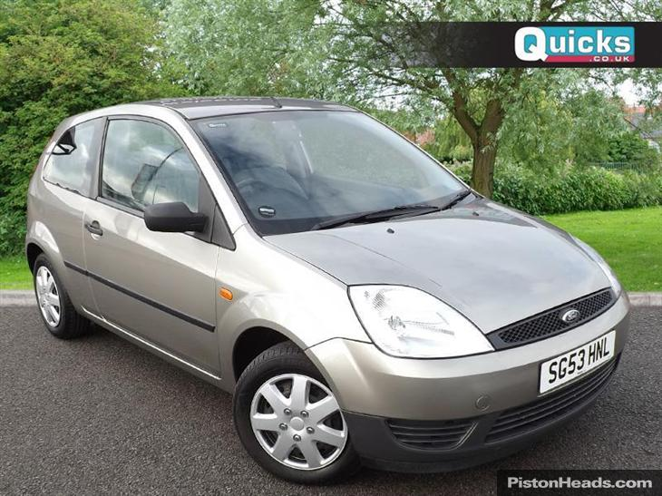 Ford Fiesta 1.25 2003 photo - 3