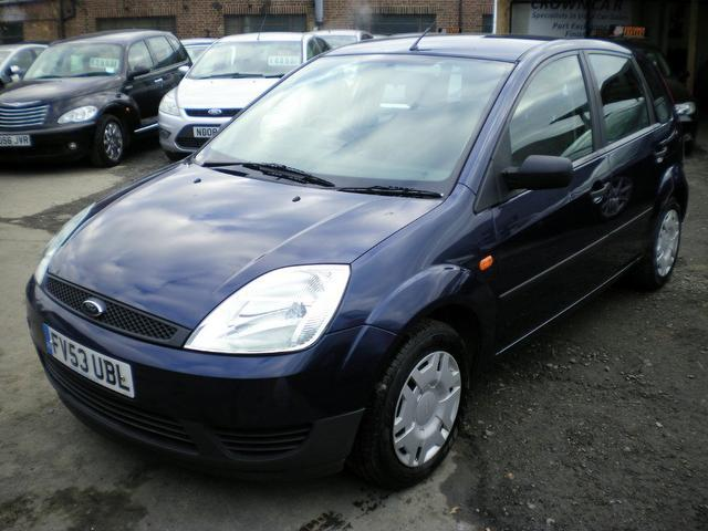 Ford Fiesta 1.25 2003 photo - 9