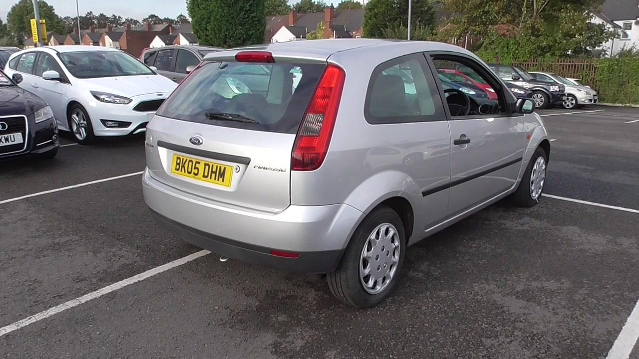 Ford Fiesta 1.25 2005 photo - 12
