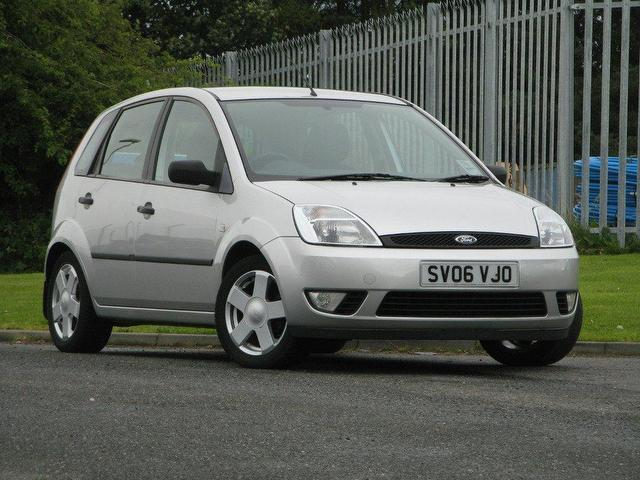 Ford Fiesta 1.25 2006 photo - 10