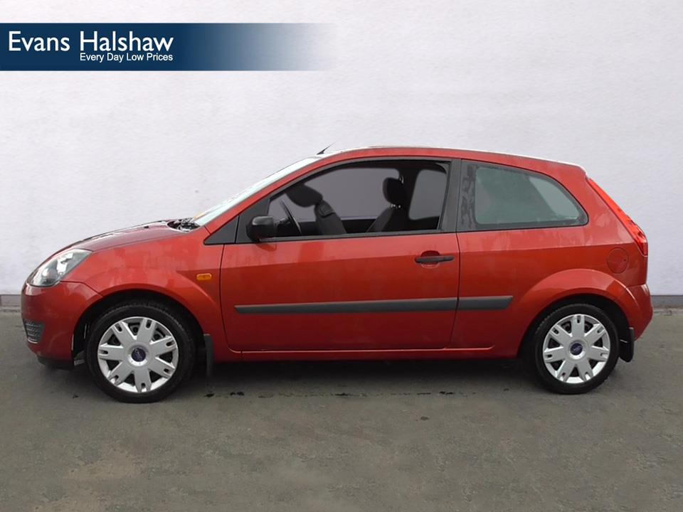 Ford Fiesta 1.25 2006 photo - 11