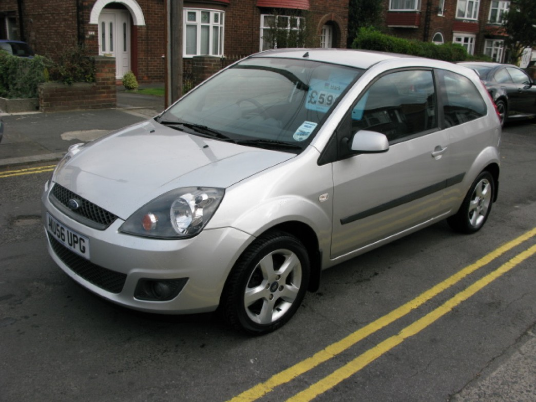 Ford Fiesta 1.25 2006 photo - 5