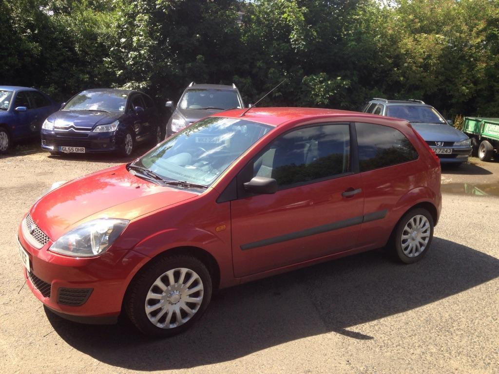 Ford Fiesta 1.25 2006 photo - 7