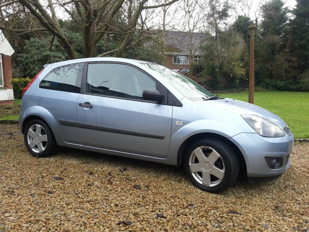 Ford Fiesta 1.25 2006 photo - 8