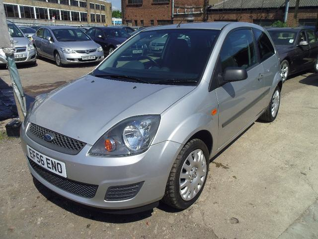 Ford Fiesta 1.25 2006 photo - 9