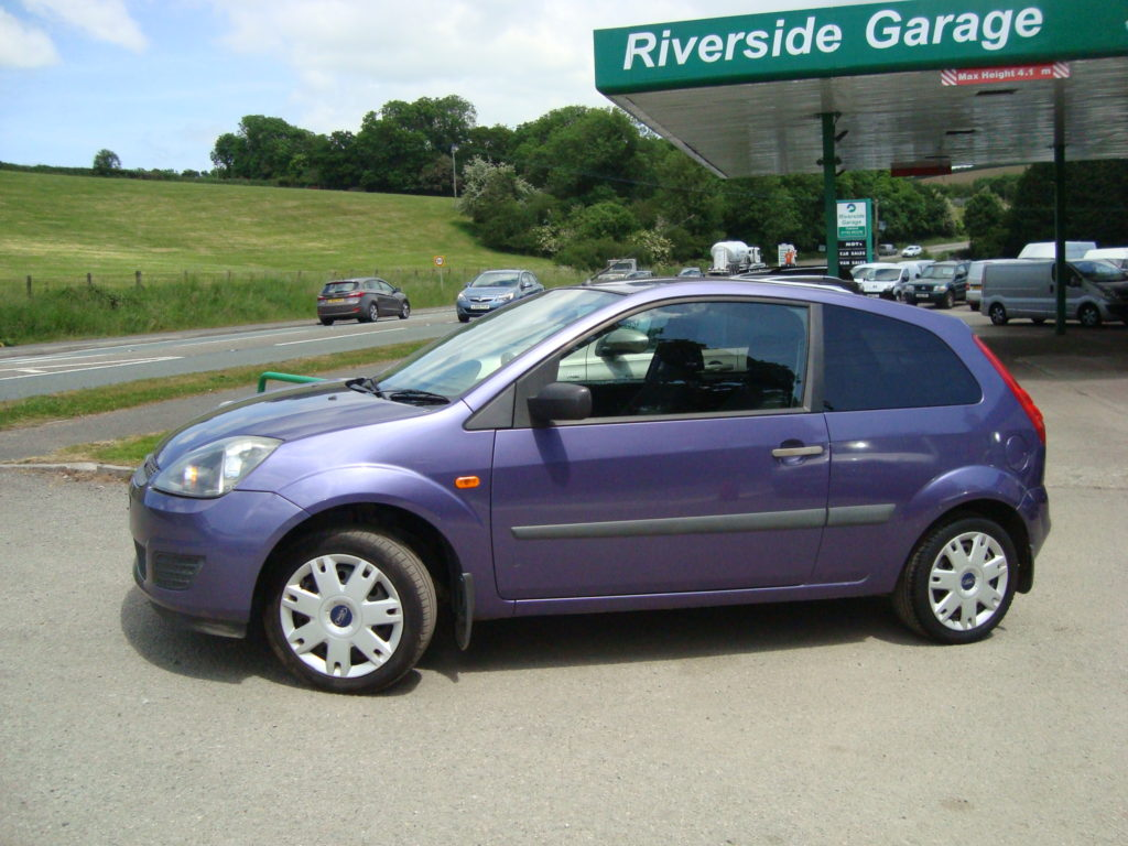Ford Fiesta 1.25 2007 photo - 11