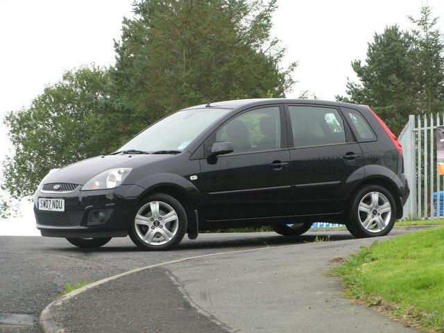 Ford Fiesta 1.25 2007 photo - 6