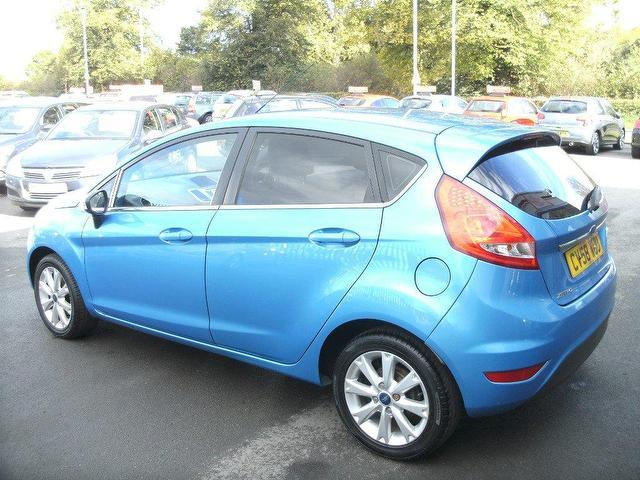 Ford Fiesta 1.25 2008 photo - 11