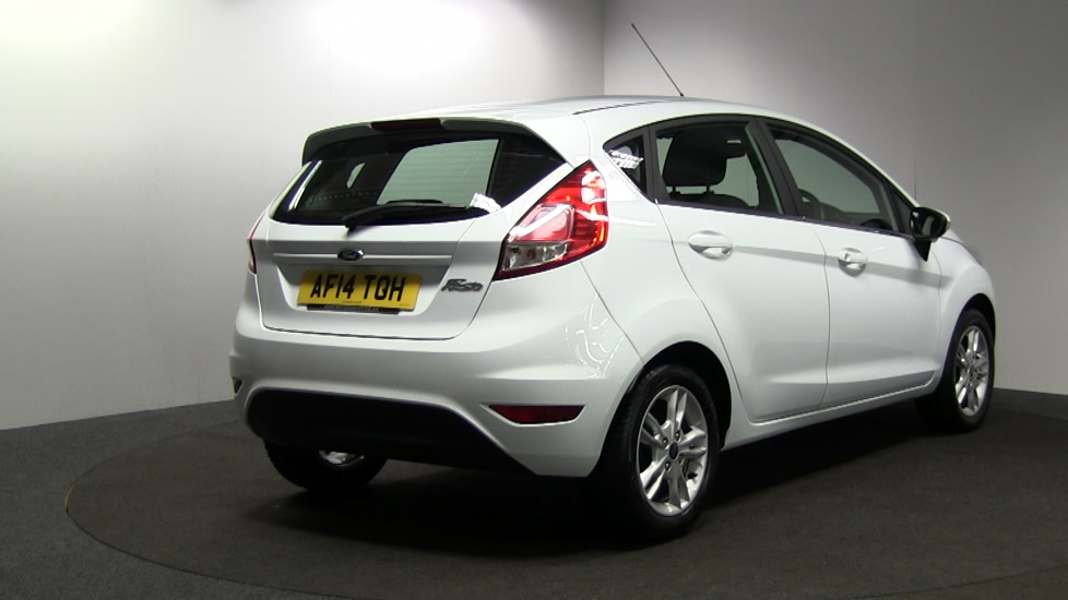 Ford Fiesta 1.25 2014 photo - 11
