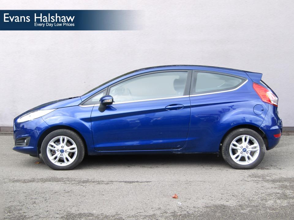 Ford Fiesta 1.25 2014 photo - 6