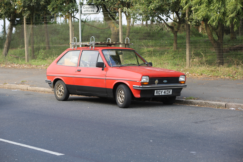 Ford Fiesta 1.3 1981 photo - 9