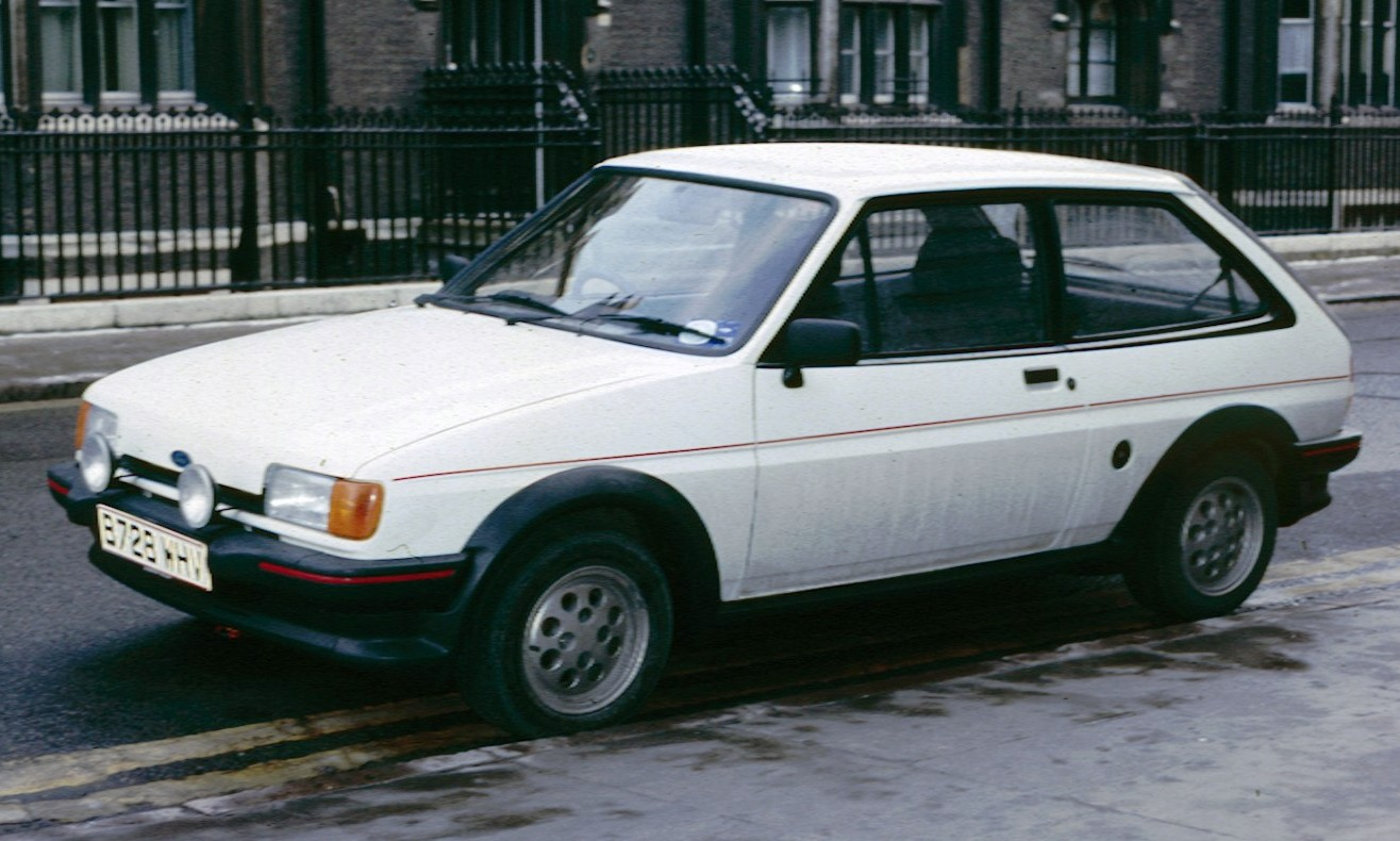 Ford Fiesta 1.3 1984 photo - 12