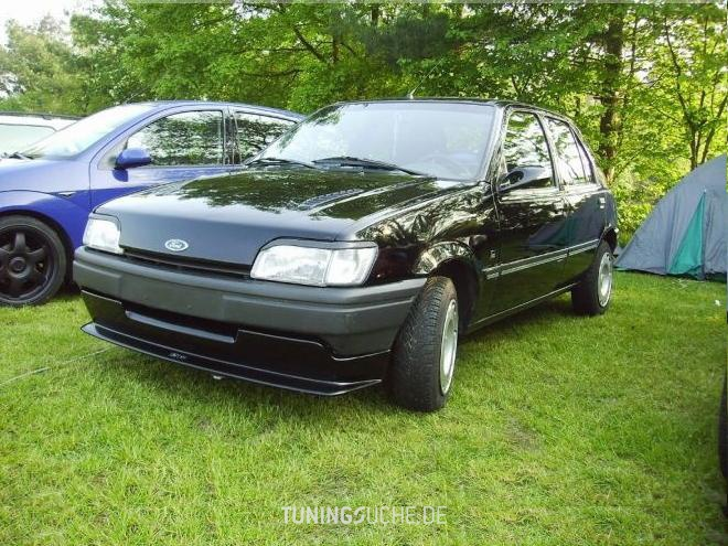 Ford Fiesta 1.3 1992 photo - 11