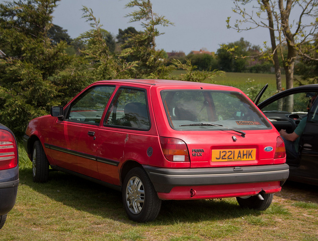 Ford Fiesta 1.3 1992 photo - 2