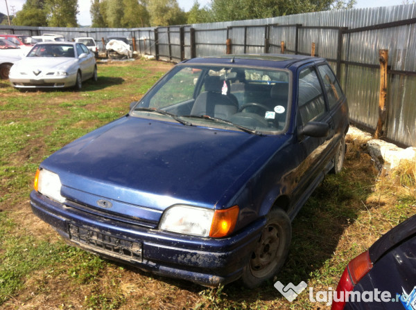 Ford Fiesta 1.3 1993 photo - 6