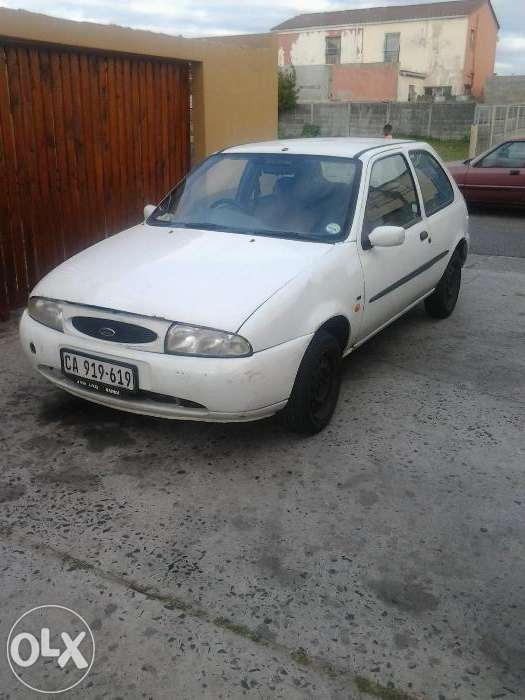 Ford Fiesta 1.3 1997 photo - 4