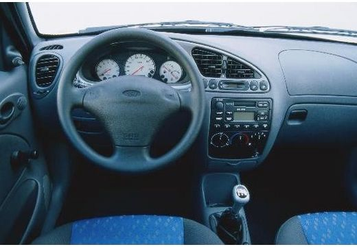 Ford Fiesta 1.3 2000 photo - 5