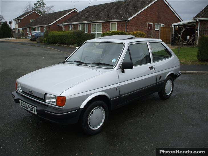 Ford Fiesta 1.4 1984 photo - 1