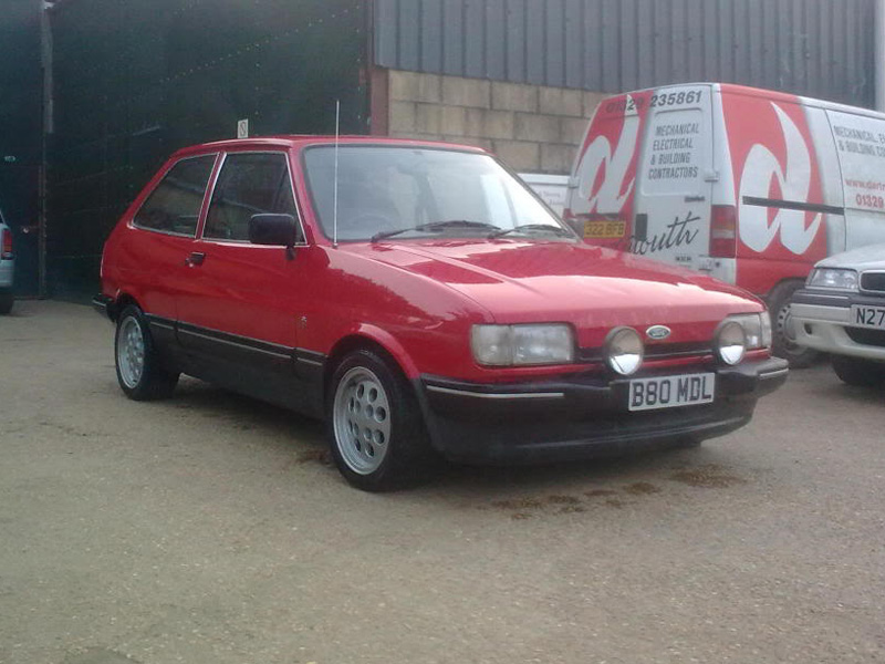 Ford Fiesta 1.4 1984 photo - 8