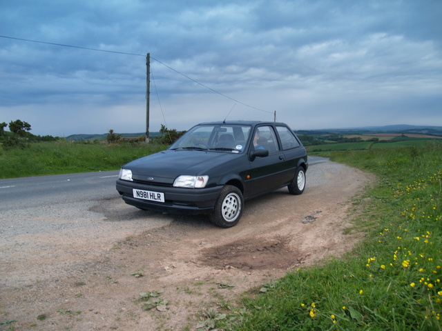 Ford Fiesta 1.4 1985 photo - 11