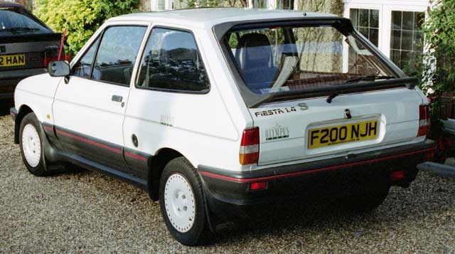 Ford Fiesta 1.4 1988 photo - 8