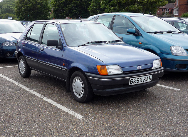 Ford Fiesta 1.4 1989 photo - 2