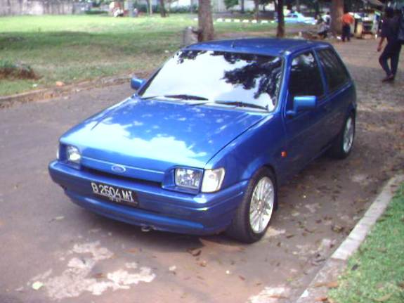 Ford Fiesta 1.4 1989 photo - 7