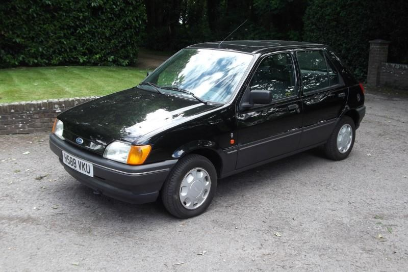 Ford Fiesta 1.4 1990 photo - 3