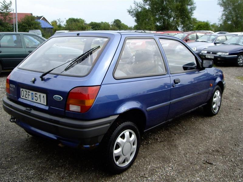 Ford Fiesta 1.4 1990 photo - 8