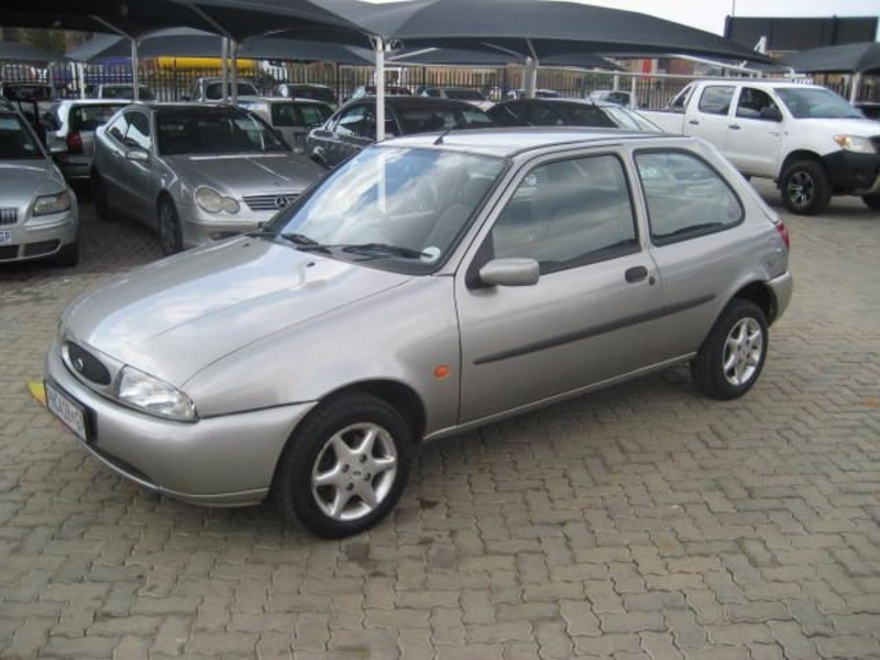 Ford Fiesta 1.4 1999 photo - 1