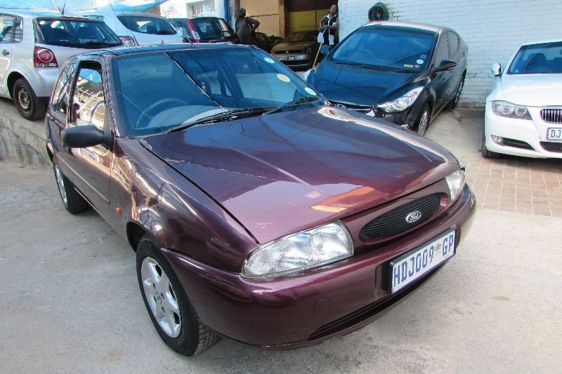 Ford Fiesta 1.4 1999 photo - 7