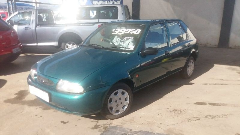 Ford Fiesta 1.4 1999 photo - 8